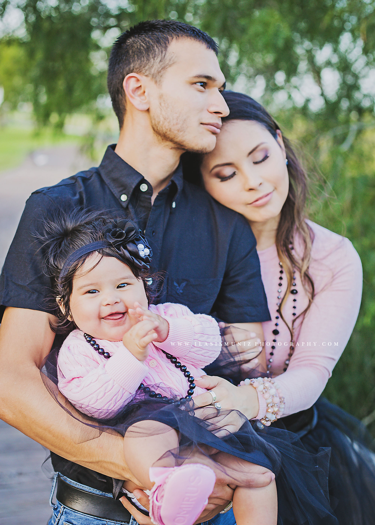 Roger Susan Aaliyah Family Session Iliasis Muniz